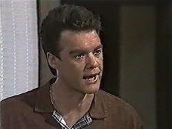 Paul Robinson in Neighbours Episode 1046