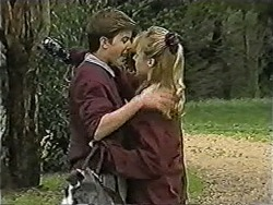 Todd Landers, Melissa Jarrett in Neighbours Episode 1048