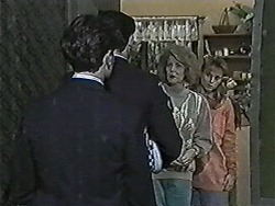 Madge Bishop, Bronwyn Davies in Neighbours Episode 1048