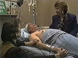 Gail Robinson, Rob Lewis, Gloria Lewis in Neighbours Episode 1050