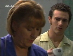 Angie Rebecchi, Stonie Rebecchi in Neighbours Episode 2709