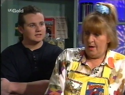 Toadie Rebecchi, Angie Rebecchi in Neighbours Episode 2709