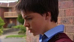 Zeke Kinski in Neighbours Episode 4917