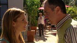 Izzy Hoyland, Susan Kennedy, Karl Kennedy in Neighbours Episode 5028