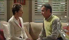 Susan Kennedy, Karl Kennedy in Neighbours Episode 5029