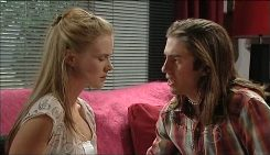 Elle Robinson, Dylan Timmins in Neighbours Episode 5030