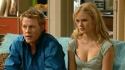 Oliver Barnes, Elle Robinson in Neighbours Episode 5196