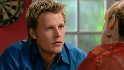 Oliver Barnes, Janelle Timmins in Neighbours Episode 5196