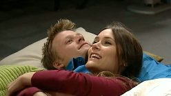 Oliver Barnes, Carmella Cammeniti in Neighbours Episode 5196