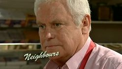 Lou Carpenter in Neighbours Episode 5196