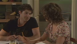 Declan Napier, Bridget Parker in Neighbours Episode 5647