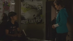Zeke Kinski, Susan Kennedy in Neighbours Episode 5647