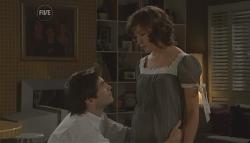 Declan Napier, Bridget Parker in Neighbours Episode 5651