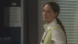 Dr. Peggy Newton in Neighbours Episode 5652