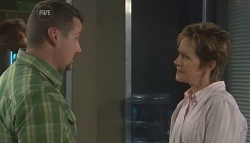 Toadie Rebecchi, Susan Kennedy in Neighbours Episode 5653