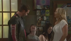Lucas Fitzgerald, Ben Kirk, Steph Scully in Neighbours Episode 5654