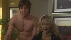 Ty Harper, Steph Scully in Neighbours Episode 5655