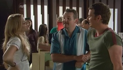 Elle Robinson, Toadie Rebecchi, Lucas Fitzgerald in Neighbours Episode 5656