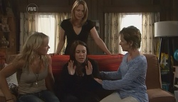 Steph Scully, Miranda Parker, Libby Kennedy, Susan Kennedy in Neighbours Episode 5657