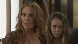 Cassandra Freedman, Tegan Freedman in Neighbours Episode 5659