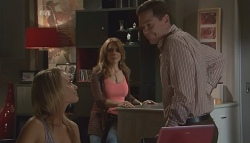 Donna Freedman, Cassandra Freedman, Paul Robinson in Neighbours Episode 5659