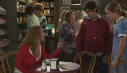 Cassandra Freedman, Simon Freedman, Tegan Freedman in Neighbours Episode 5660