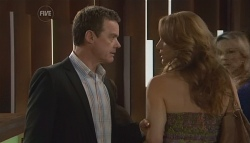 Paul Robinson, Cassandra Freedman in Neighbours Episode 5660