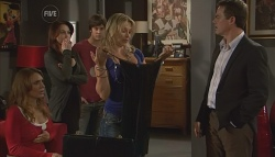 Cassandra Freedman, Libby Kennedy, Ty Harper, Steph Scully, Paul Robinson in Neighbours Episode 5660