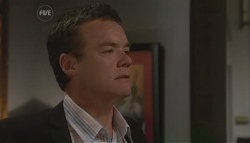 Paul Robinson in Neighbours Episode 5661