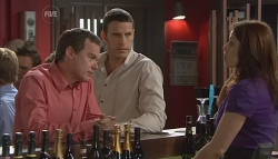 Paul Robinson, Andrew Simpson, Rebecca Napier in Neighbours Episode 5662