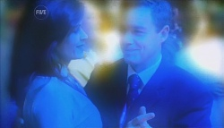 Rebecca Napier, Paul Robinson in Neighbours Episode 5662