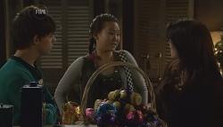 Zeke Kinski, Sunny Lee, Libby Kennedy in Neighbours Episode 5665
