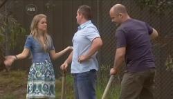 Elle Robinson, Toadie Rebecchi, Steve Parker in Neighbours Episode 5667
