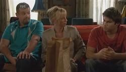 Toadie Rebecchi, Detective Sergeant Michaela Morris , Declan Napier in Neighbours Episode 5667