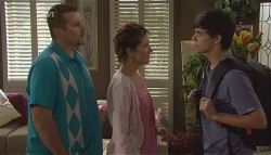 Toadie Rebecchi, Susan Kennedy, Zeke Kinski in Neighbours Episode 5668