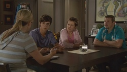 Senior Sergeant Elise Caskey, Zeke Kinski, Susan Kennedy, Toadie Rebecchi in Neighbours Episode 5668