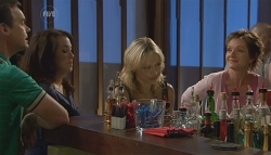Paul Robinson, Libby Kennedy, Steph Scully, Susan Kennedy  in Neighbours Episode 5669