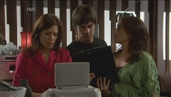Rebecca Napier, Ty Harper, Libby Kennedy  in Neighbours Episode 5669