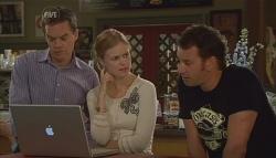 Paul Robinson, Elle Robinson, Lucas Fitzgerald in Neighbours Episode 5673