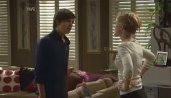 Zeke Kinski, Elle Robinson in Neighbours Episode 5673