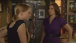 Elle Robinson, Rebecca Napier in Neighbours Episode 5674