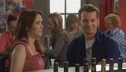 Libby Kennedy, Lucas Fitzgerald in Neighbours Episode 5674