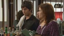 Ty Harper, Rebecca Napier in Neighbours Episode 5674