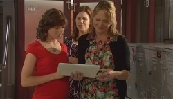 Bridget Parker, Rebecca Napier, Miranda Parker in Neighbours Episode 5675