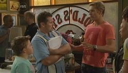 Callum Jones, Toadie Rebecchi, Dan Fitzgerald, Sunny Lee, Zeke Kinski in Neighbours Episode 5676