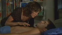 Bridget Parker, Declan Napier in Neighbours Episode 5677