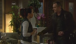 Sunny Lee, Karl Kennedy in Neighbours Episode 5678