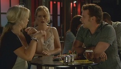 Steph Scully, Elle Robinson, Lucas Fitzgerald in Neighbours Episode 5680