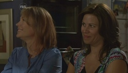 Miranda Parker, Rebecca Napier in Neighbours Episode 5680