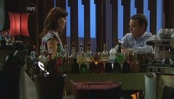 Rebecca Napier, Paul Robinson in Neighbours Episode 5680